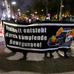 Coronavirus-Protest-gegen-Ausgangsbeschraenkung-in-Hamburg.jpg